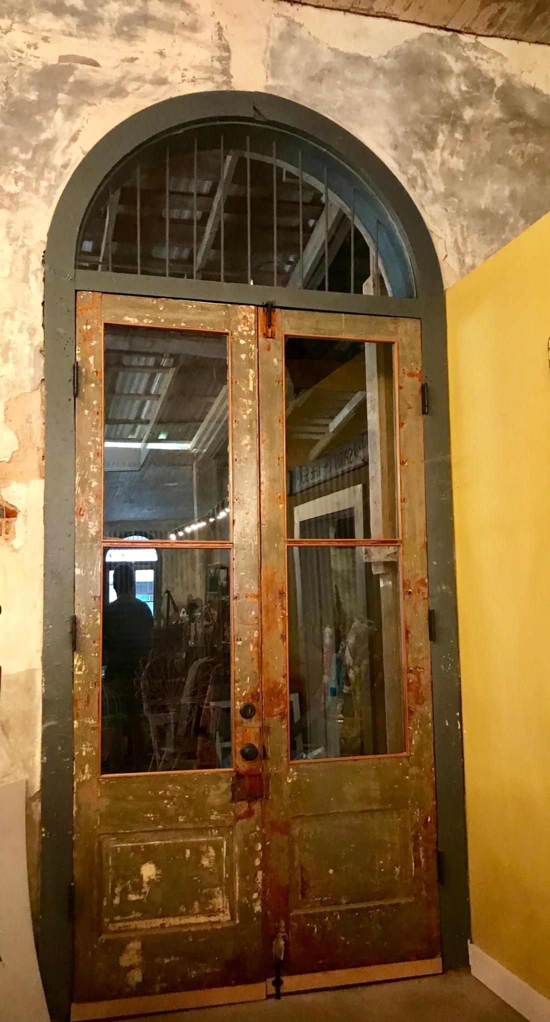 Smithville conseula doors